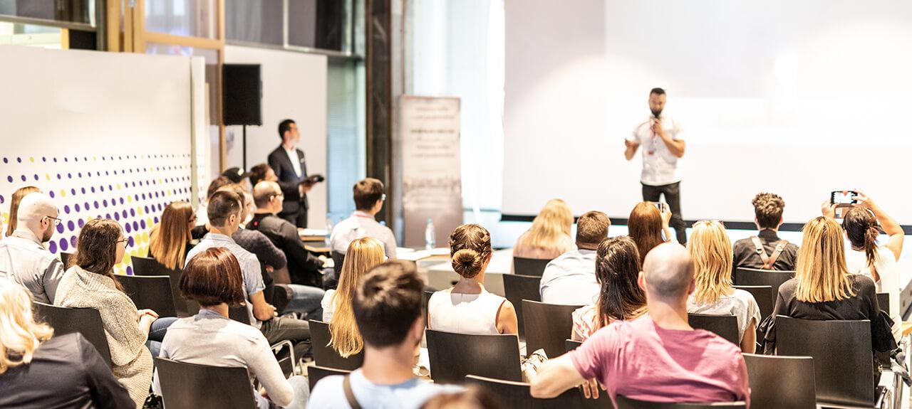 távoktatási-konferenciák-2021- ben